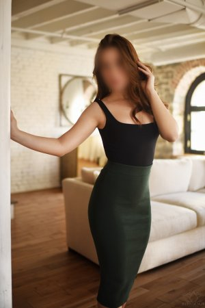 Anne-blandine escorts